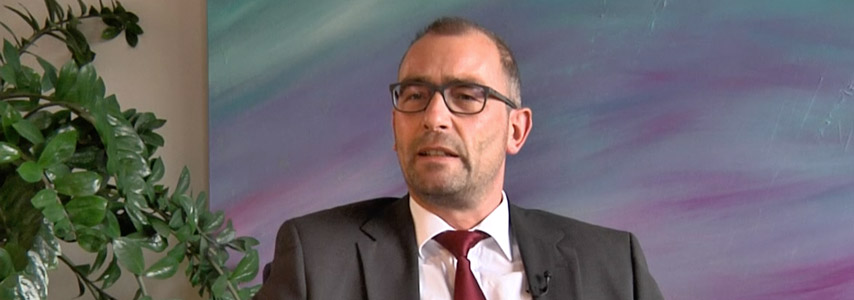 Joachim Reber über die Ausbildung zum Bestatter